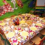 sniadanie wielkanocne w przedszkolu