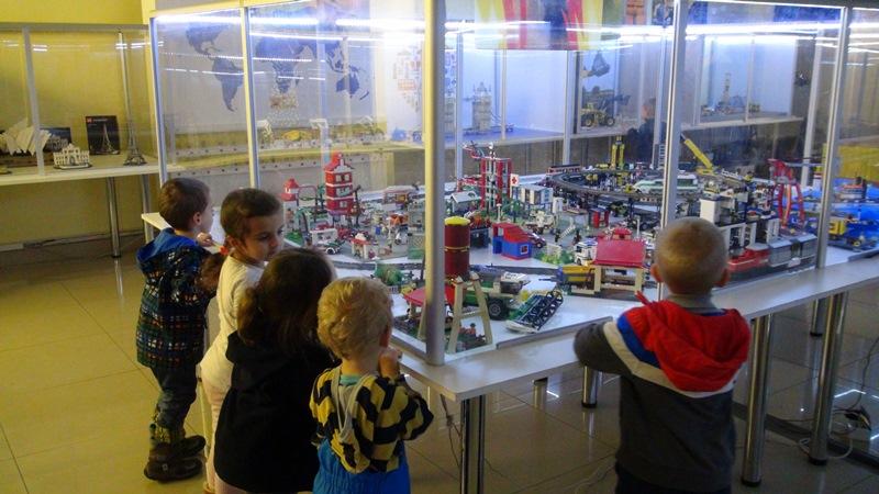 9-Wycieczka-na-wystawe-klockow-LEGO-2014-2015-7